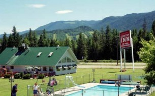 Clearwater Country Inn & RV Park